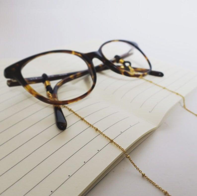 Chaine de lunettes dorée modèle Hélios