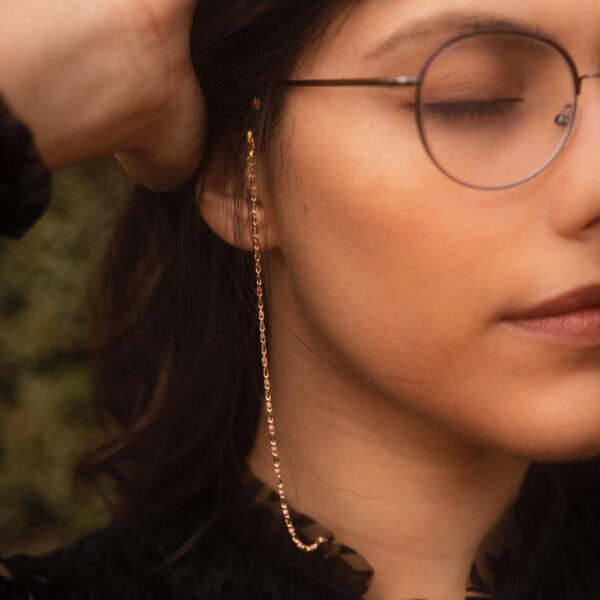 Cordon à lunettes pour femmes doré et perles roses