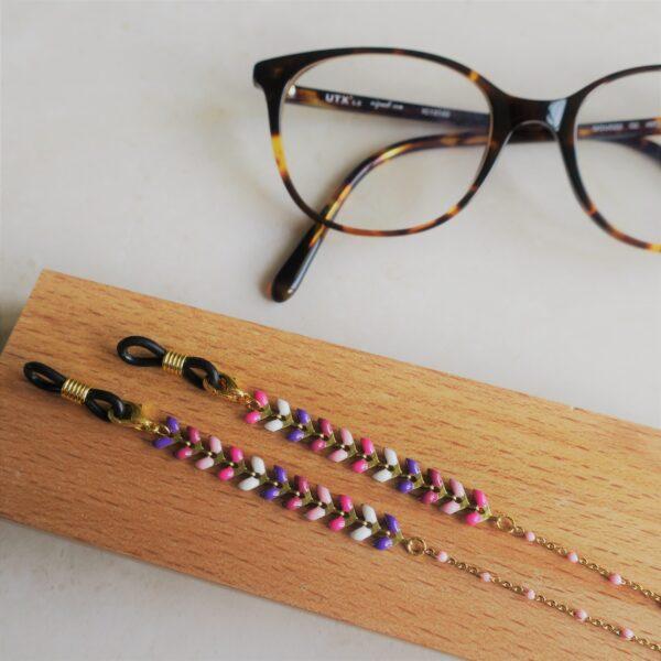Chaine de lunettes dorée fantaisie à épis émaillés roses et violets