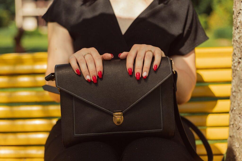 Sac cartable femme cuir noir